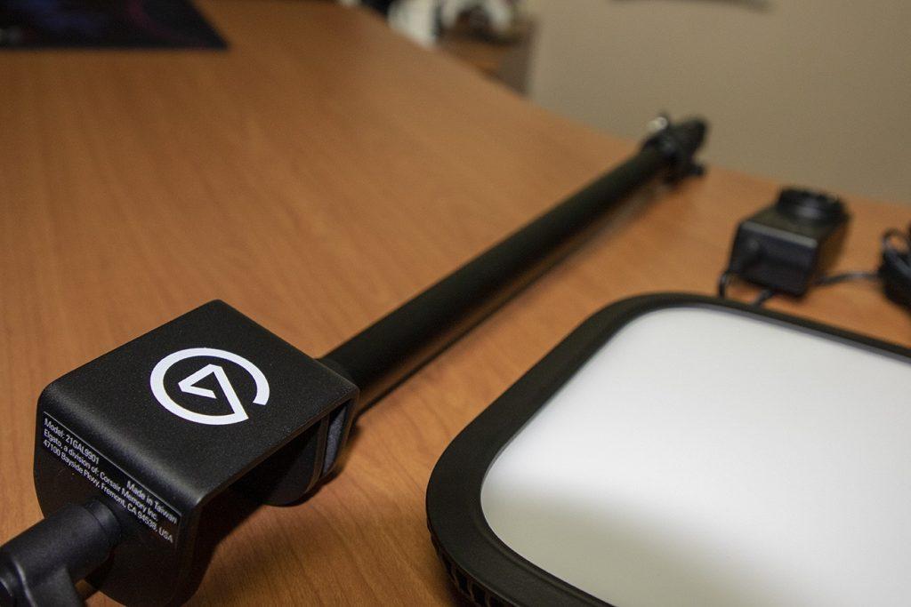 soporte para sujetar el foco ELgato Key Light