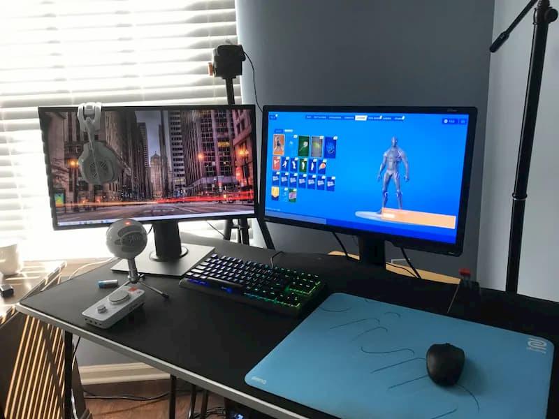 monitor streaming