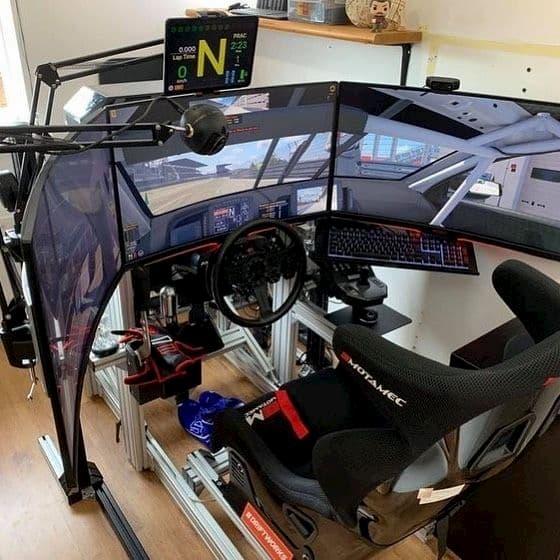 habitación gaming coches