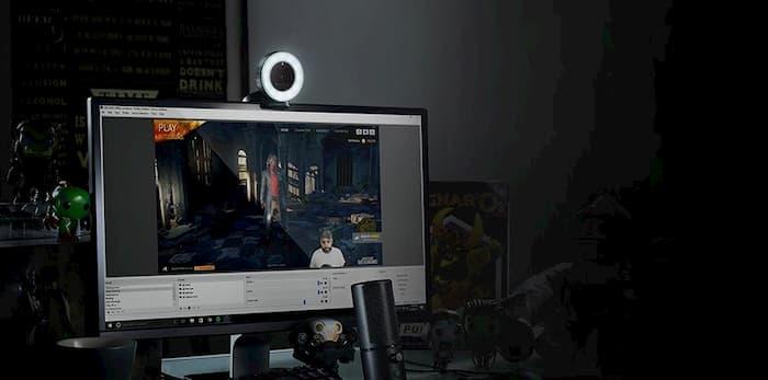 la mejor webcam con luz